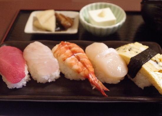 寿司 かなめ 驚きのランチ!手頃に本格お寿司が楽しめる小田原かなめ寿司